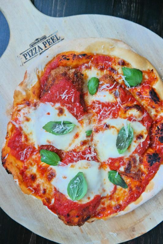 Parmigiana di pollo la Pizza | eatlovegarlic.com @eatlovegarlic