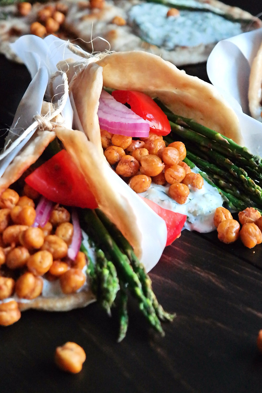 Garlic Roasted Crispy Chickpea Gyros | eatlovegarlic.com @eatlovegarlic