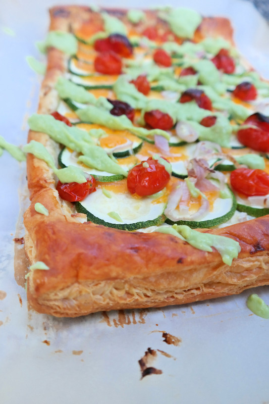 Cheesy Zucchini Tart with Green Goddess Dressing | eatlovegarlic.com @eatlovegarlic