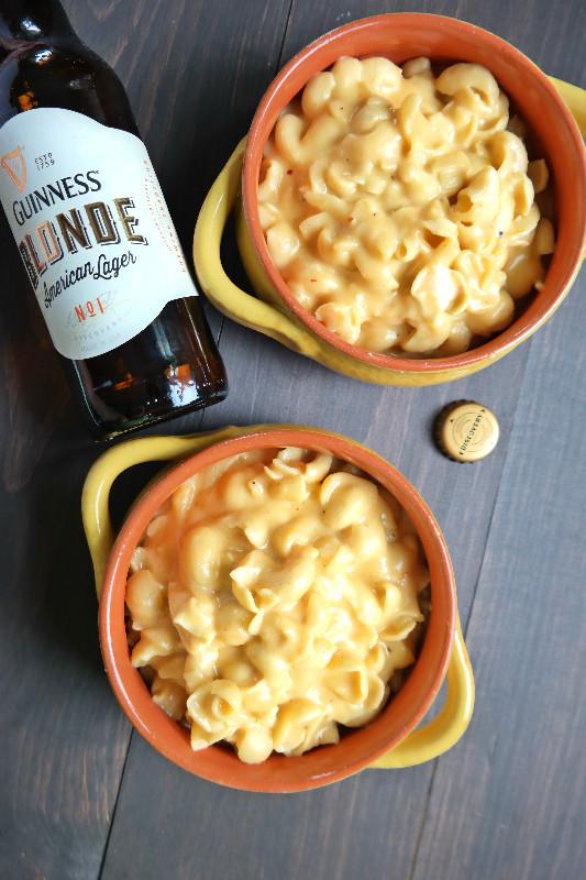 Beer Mac&Cheese | eatlovegarlic.com @eatlovegarlic