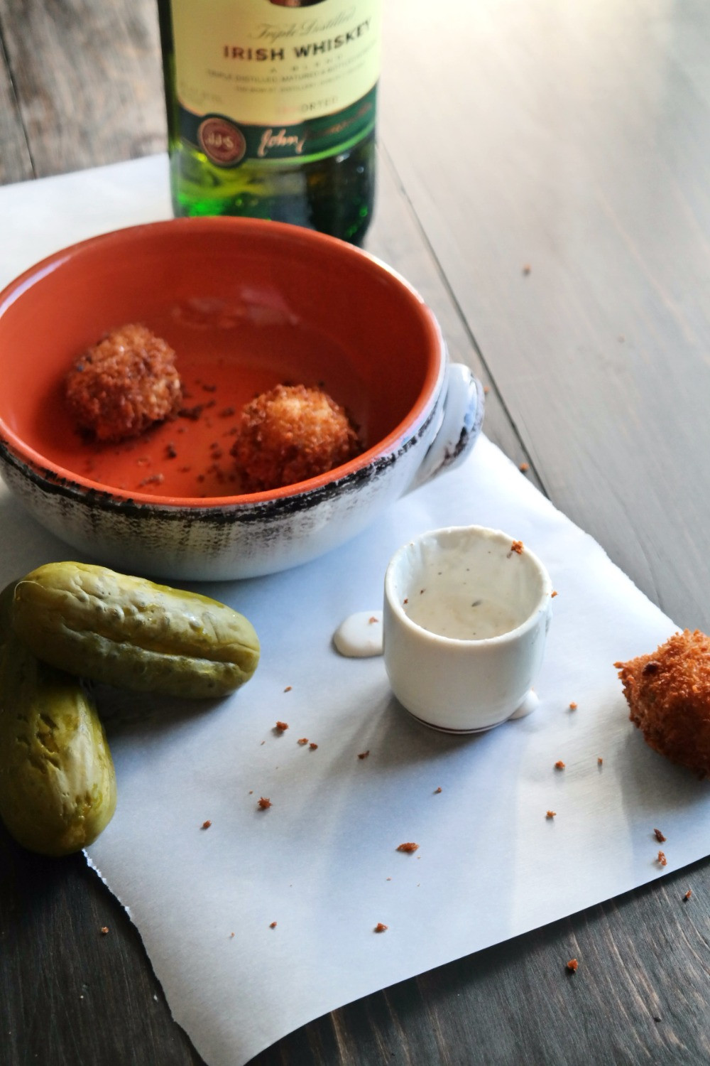 Fried Picklebacks | eatlovegarlic.com @eatlovegarlic