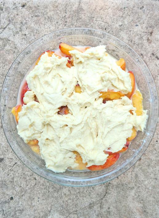 Easy Peach Cobbler | eatlovegarlic.com @eatlovegarlic