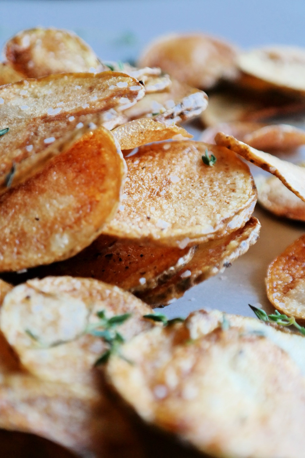 Homemade Potato Chips | eatlovegarlic.com @eatlovegarlic