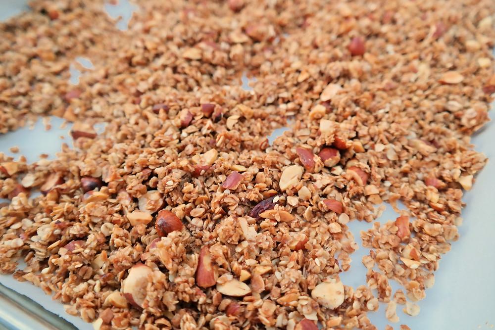 Sesame, Vanilla-Nut, Maple Granola | eatlovegarlic.com @eatlovegarlic