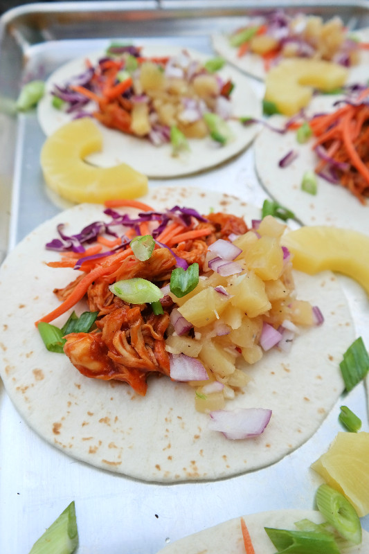 Pulled BBQ Chicken Bacon Tacos with Pineapple Garlic Salsa | eatlovegarlic.com @eatlovegarlic