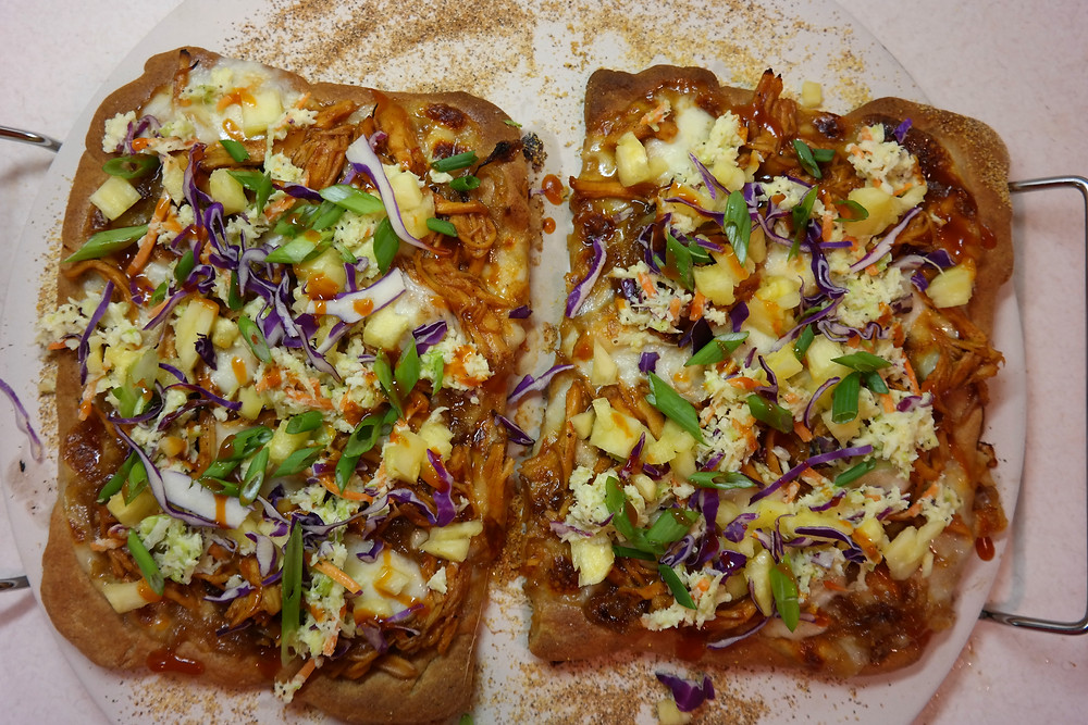 Whole Wheat Hawaiian BBQ Chicken Thin Crust Pizza  | eatlovegarlic.com @eatlovegarlic