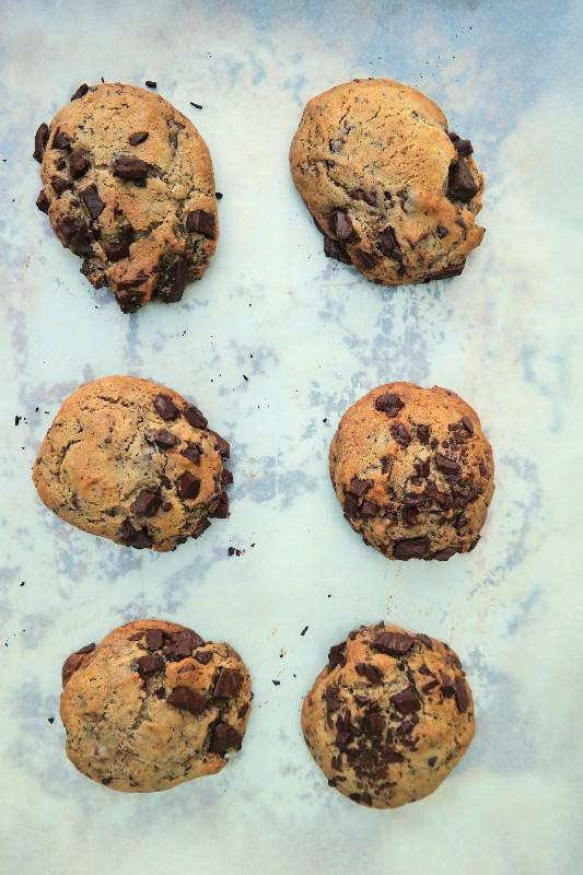 The Original, Chocolate Chunk Cookie | eatlovegarlic.com @eatlovegarlic