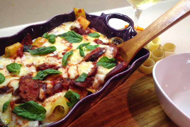 Gluten Free Chicken Sausage Pasta Bake | eatlovegarlic.com @eatlovegarlic