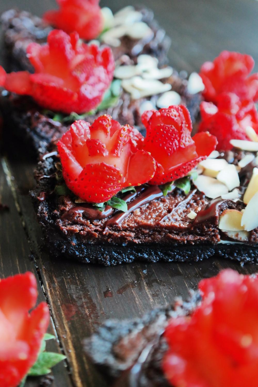 Bachelorette Tart | eatlovegarlic.com @eatlovegarlic