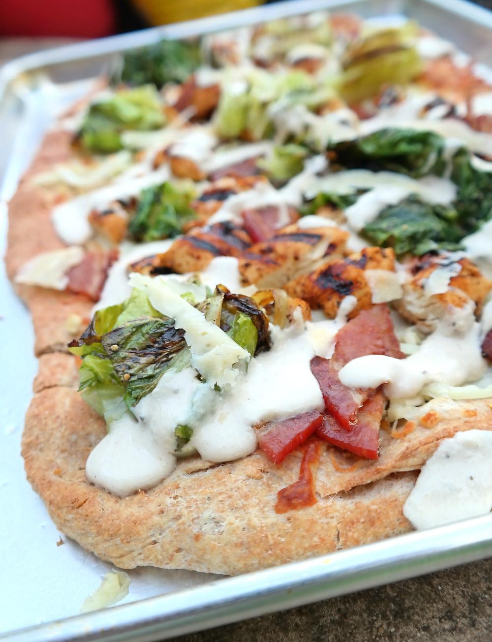 Caesar's Pizza |eatlovegarlic.com @eatlovegarlic