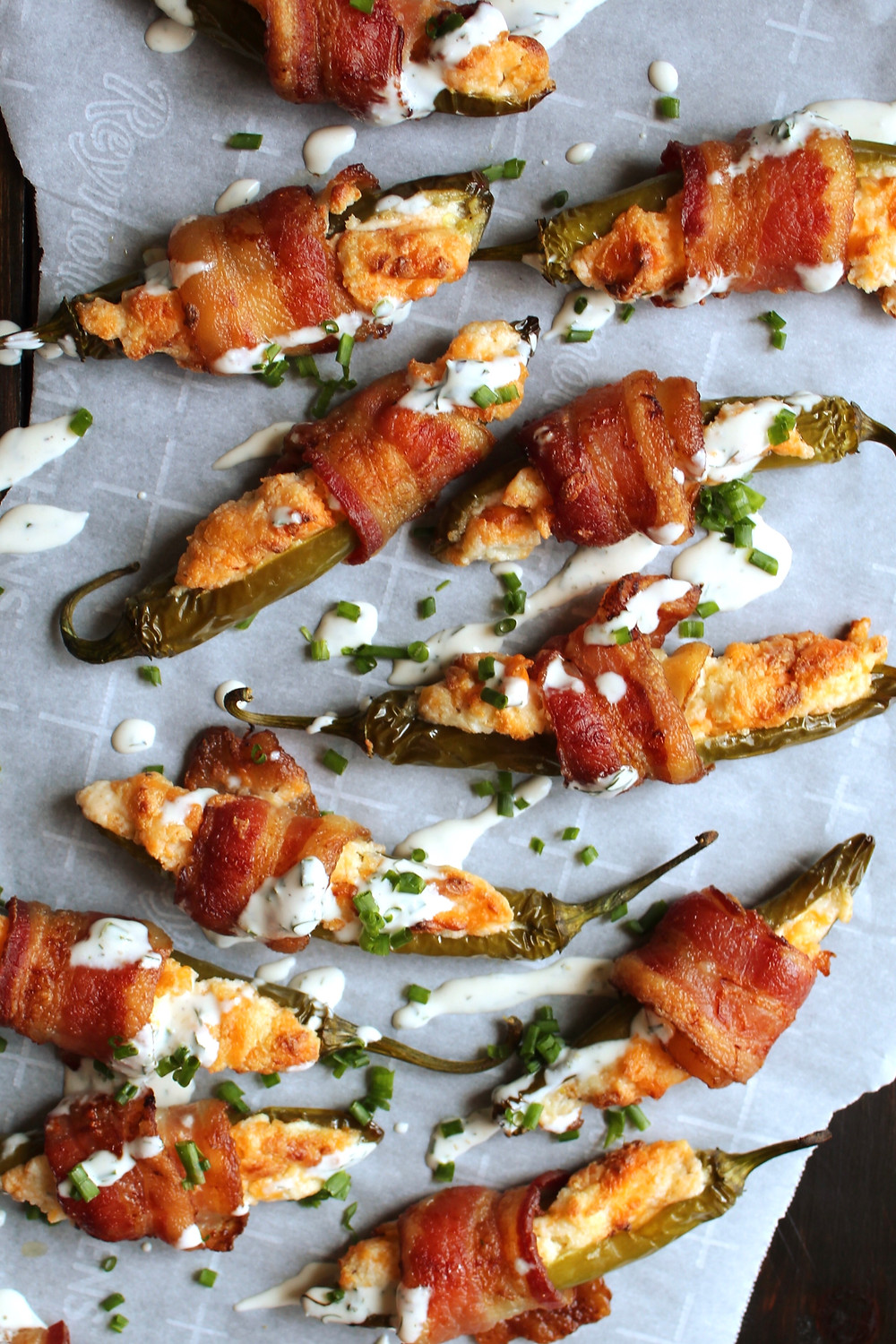 Cheesy Bacon Poppers | eatlovegarlic.com