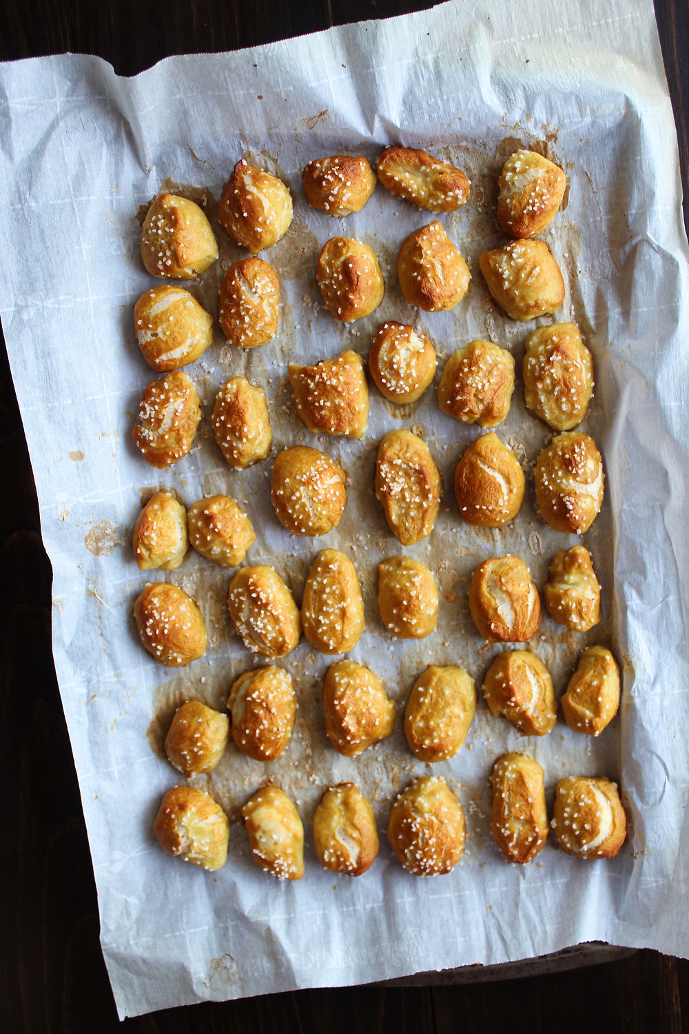 Pretzel Nuggets with Whiskey Cheese | eatlovegarlic.com