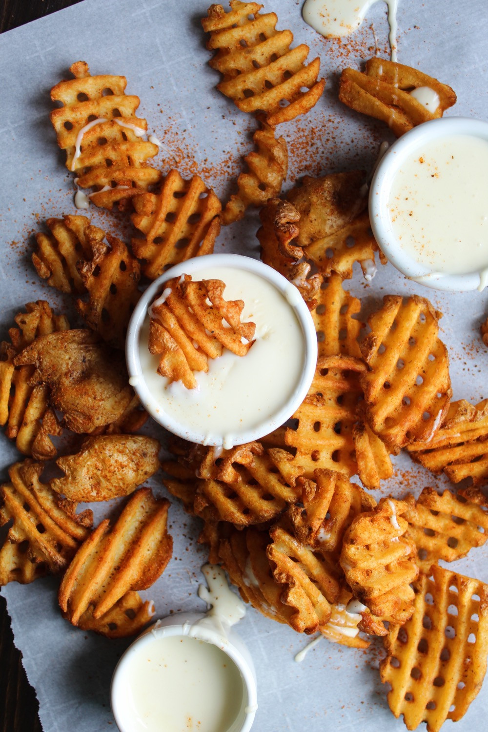 Chickie's & Pete's Crab Fries | eatlovegarlic.com