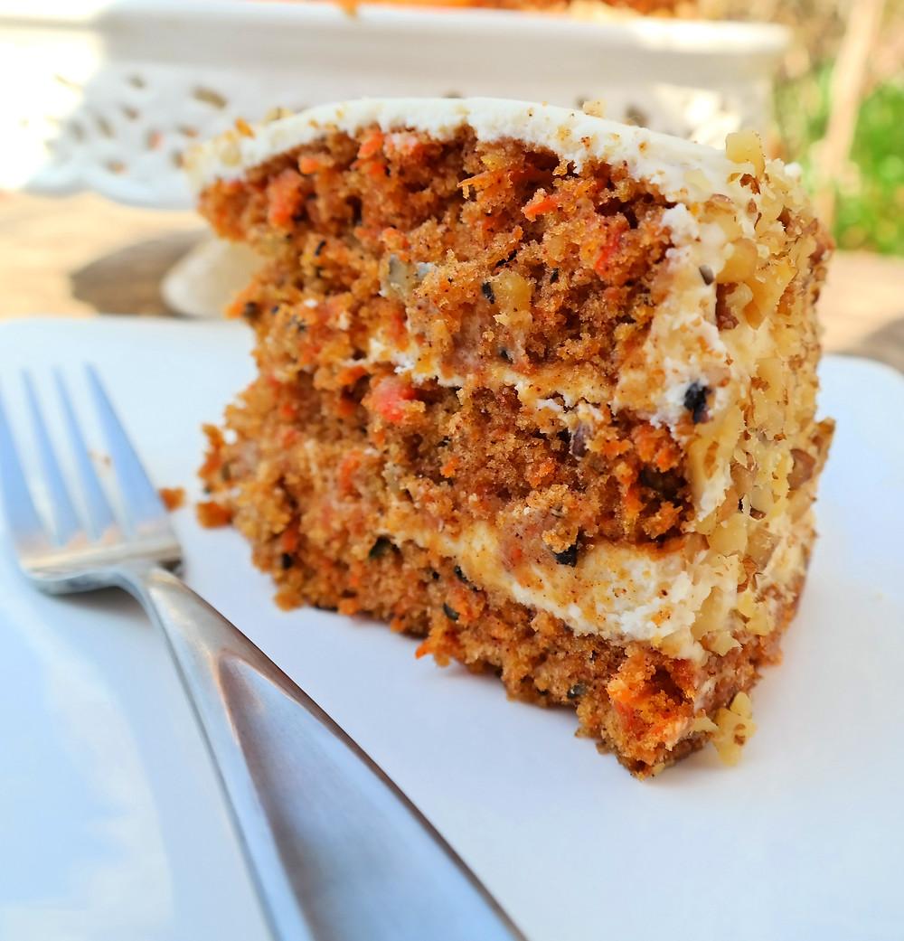 The Ultimate Carrot Cake | eatlovegarlic.com @eatlovegarlic