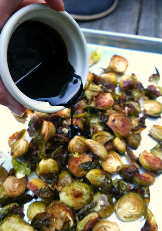 Roasted Brussels with Balsamic Glaze Drizzle | eatlovegarlic.com @eatlovegarlic