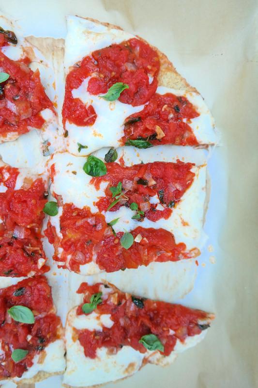 Classic Pizza {with Quinoa Crust} | eatlovegarlic.com @eatlovegarlic