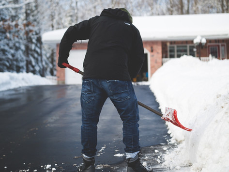 Shovelling Snow: Tips & Tricks for Everyone's Favourite Winter Exercise
