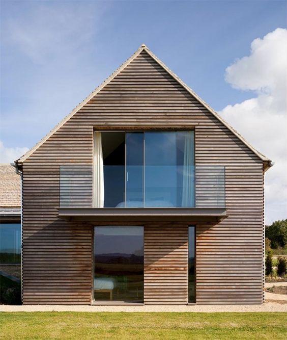 Дом в амбарном стиле. Ландшафтный дизайн.