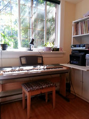Play music for life, in our well-equipped, comfortable studio.