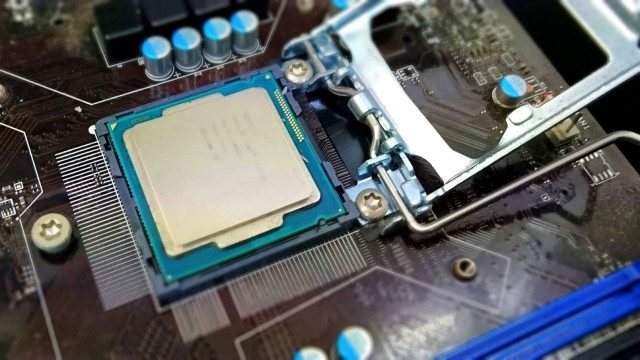 パソコンのCPU交換