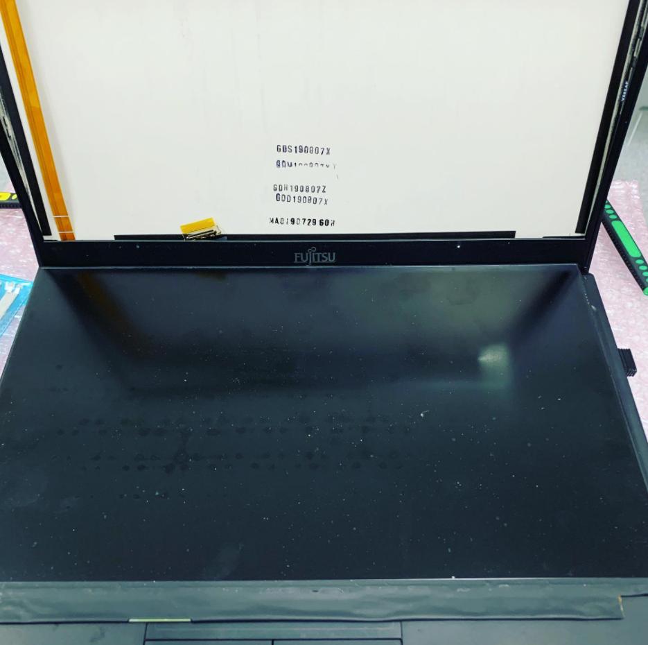 ノートパソコン液晶交換