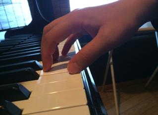 ピアノ を正しく鳴らす為のフォームについて