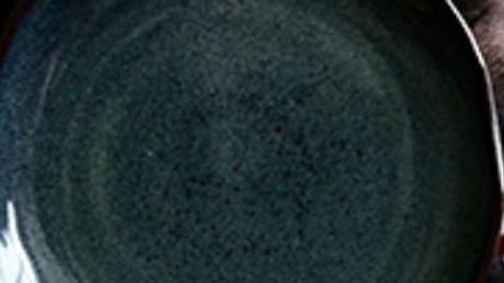 梅花型陶瓷餐碟