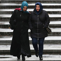 headscarves-austria-hijab.jpg
