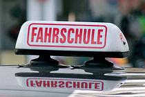 Fahrschule-Automatik-statt-Schaltgetrieb