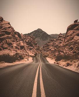 Desert%20Road_edited.jpg