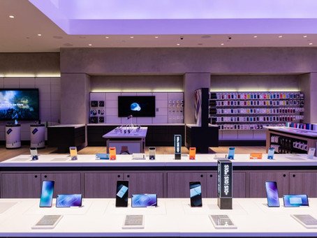 "Samsung readies ""next-generation"" store at Stanford mall"