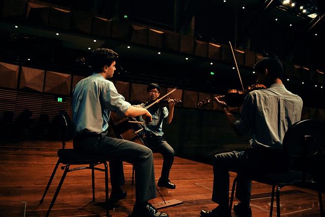 Seraphim String Trio in concert