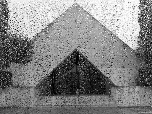 Cristal, lluvia, templo