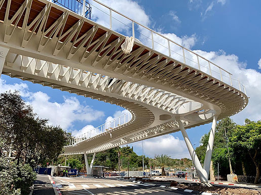 Entrance bridge, Technion, Israel. Swartz-Besnoseff Architects + Rokah-Ashkenazi Engineers and consultants
