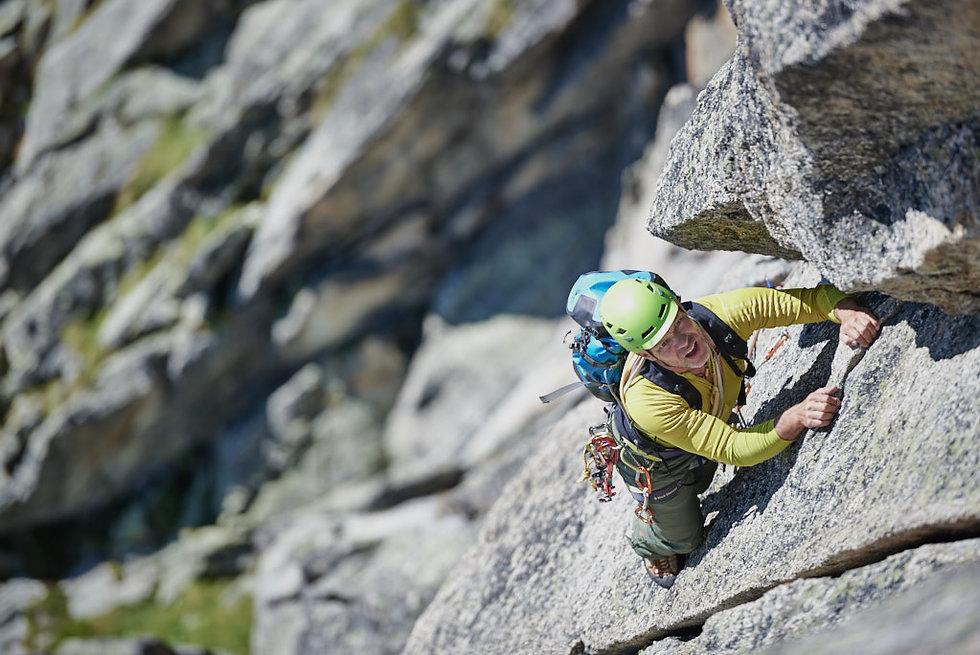 Klettern auf Granit in die Schweiz, Salbit. Bergsport und klettern Fotograf