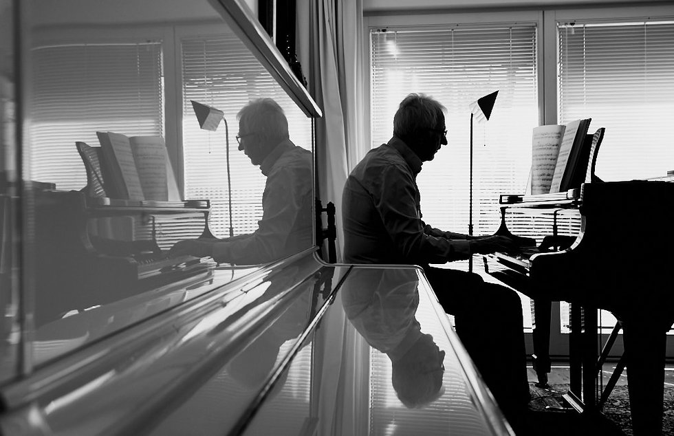 Editorial photography piano player