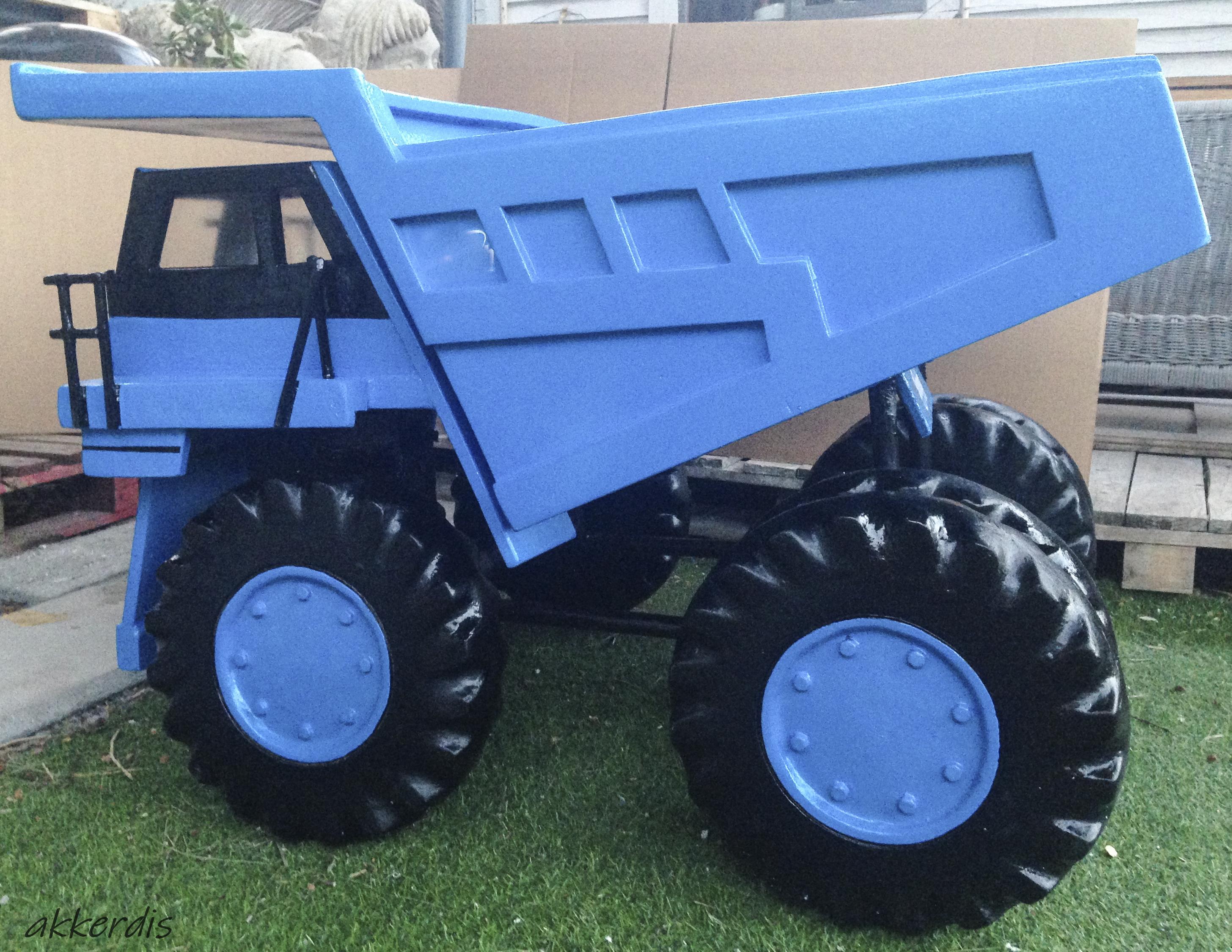 fabricated dump truck