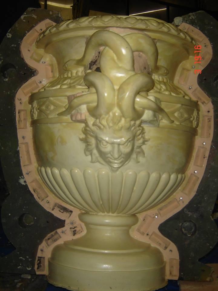 Casting of pots