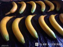 Fabricated bananas