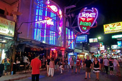 pattaya_nightlife1.jpg