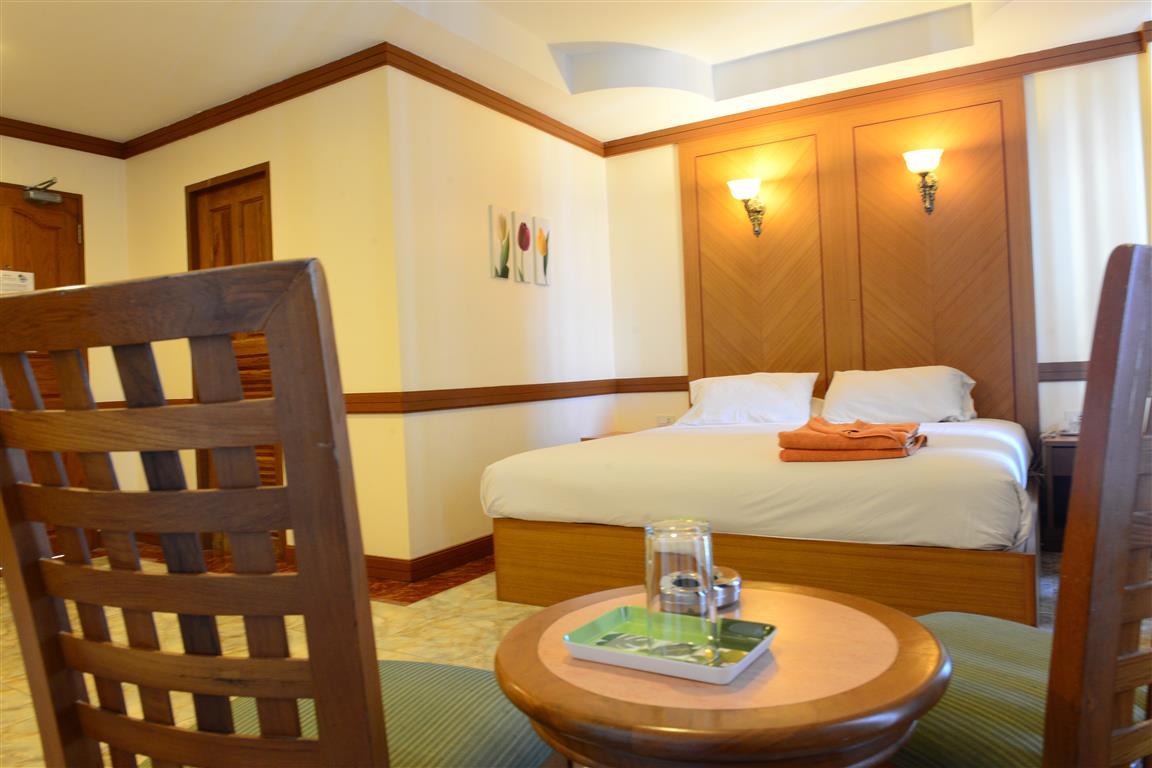 P72 Hotel Walking Street Pattaya Superior Room