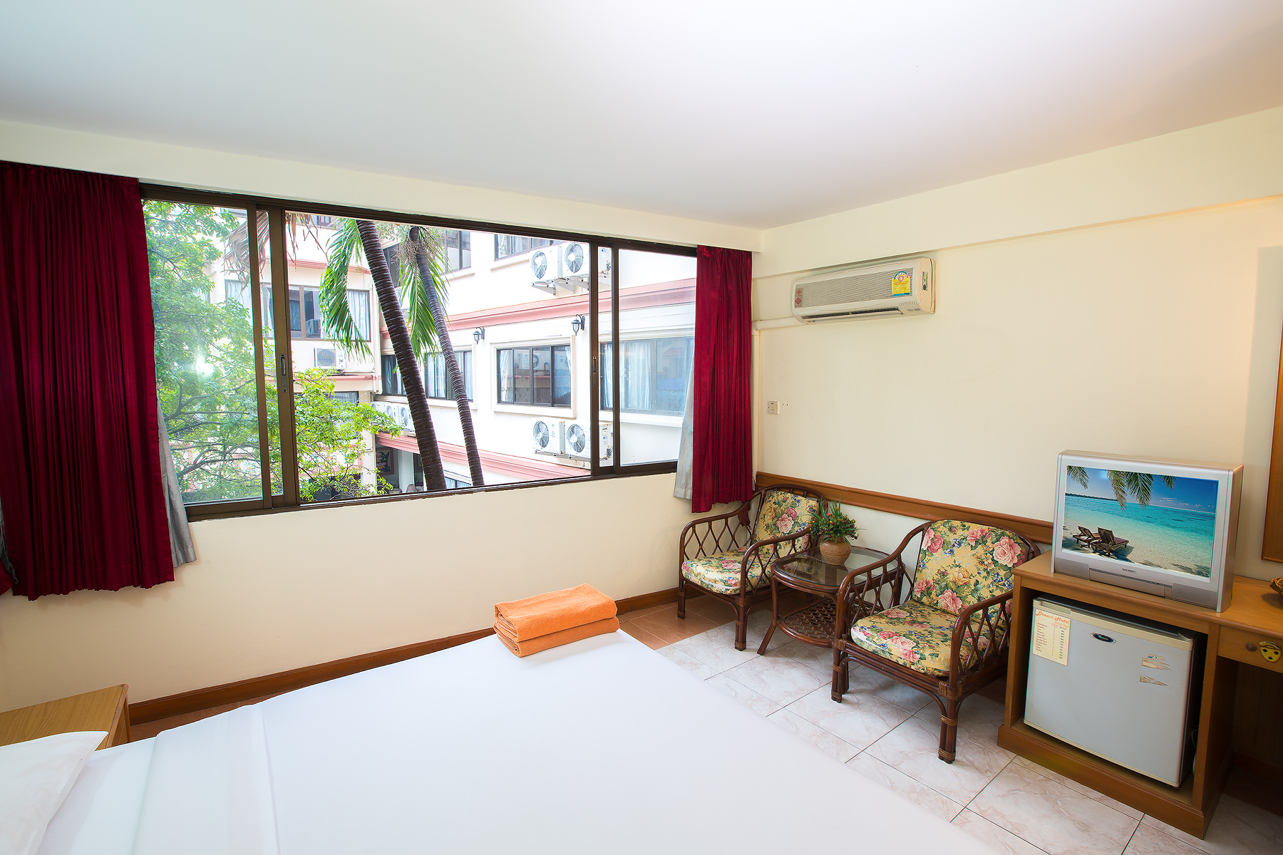 Dream Hotel Pattaya Standard Room