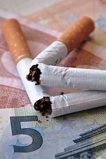 non-smoking-2765735_edited.jpg