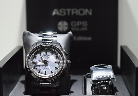 Seiko Astron Solar GPS The Earth At Night Watch