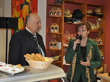Obmann Georg Krickl und Bürgermeisterin Brigitte Ribisch