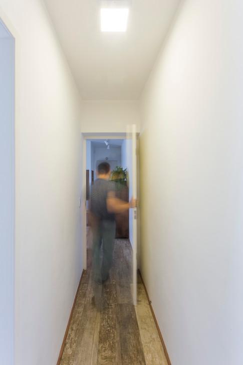 Corredor de acesso aos dormitórios | PAGAMA arquitetura + design
