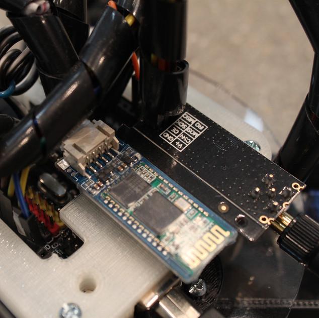 Omni-Bot detail