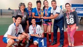 Equipe Lu Mimo Esportes de Badminton brilha nos Jogos Regionais