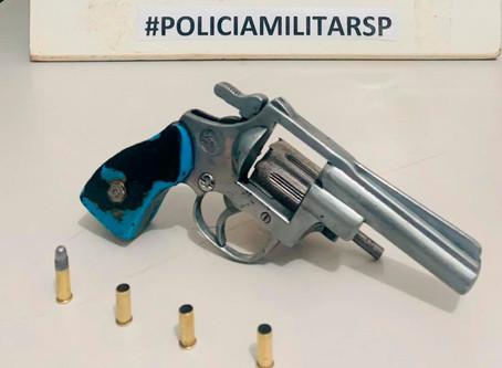 Polícia Militar apreende menor com arma de fogo