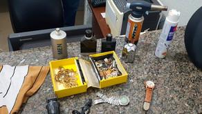 Jovem detido com droga e produtos de furto